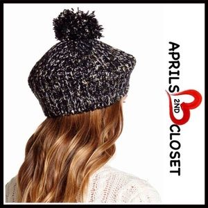 David & Young Accessories - BLACK METALLIC POM POM BERET